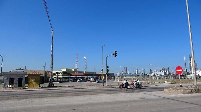 Nghi Son(ギソン)製油所は広大な敷地に広がる石油コンビナートです