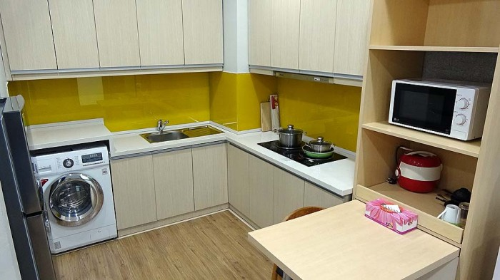 キッチン周り(キッチンの無い短期宿泊用の部屋もあります)