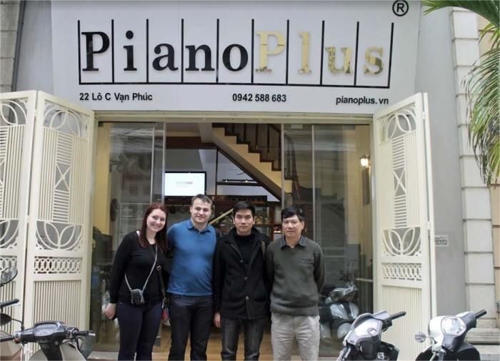 Piano PlusのVan Phuc店の店構えです