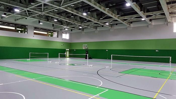 高校生達が使う体育館「さすがに広いですね」