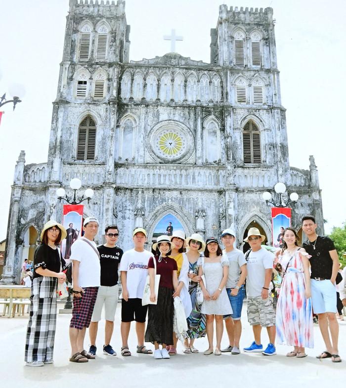 Quy Nhonの旅先の教会にて