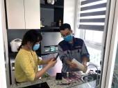 日本語通訳者とワーカーが皆様のご自宅へ浄水機設置にきてくれます